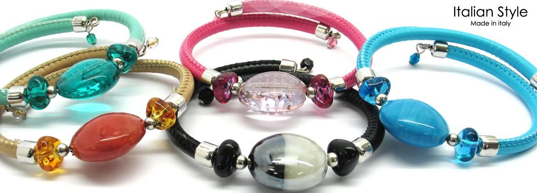 Bracciale in Vetro di Murano, Mod. Diana (21 cm) con Perla 20 mm, bracciale elastico in simil pelle, disponibile in 12 Colori Assortiti,