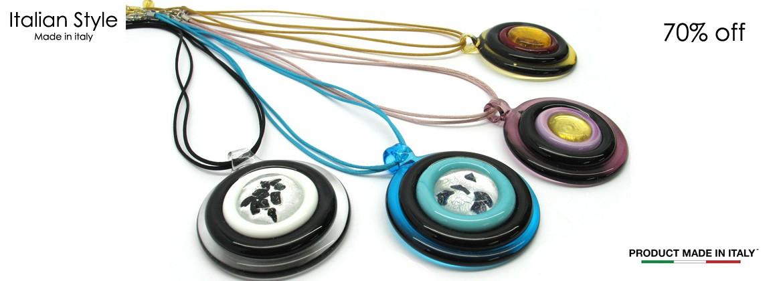 Collana in Vetro di Murano Mod. Bersaglio (diametro pendente 58 mm) cavetto in doppio cotone (45 cm) disponibile in Colori assortiti,