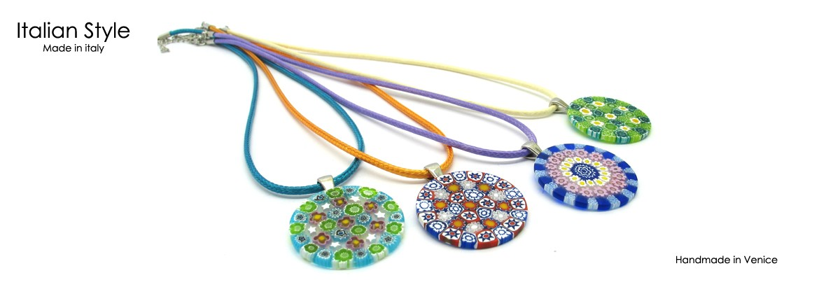Murrina Pendant, Mod. Patrizia, 40 mm in Diameter, available in 10 different colours, with cotton cord